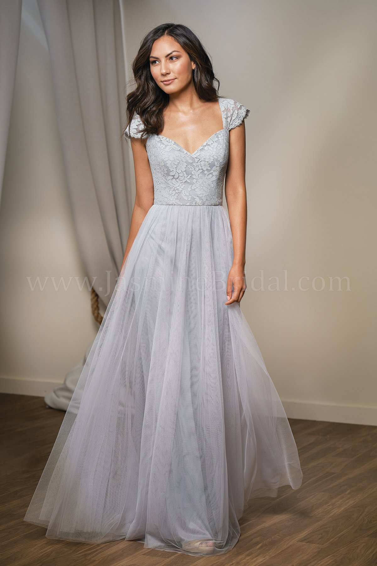 c5d2fe1221 Featured Bridesmaid Gown
